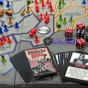 The Walking Dead Risk figurák és kártyák